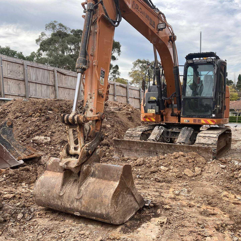 Hire 14.5t Excavator