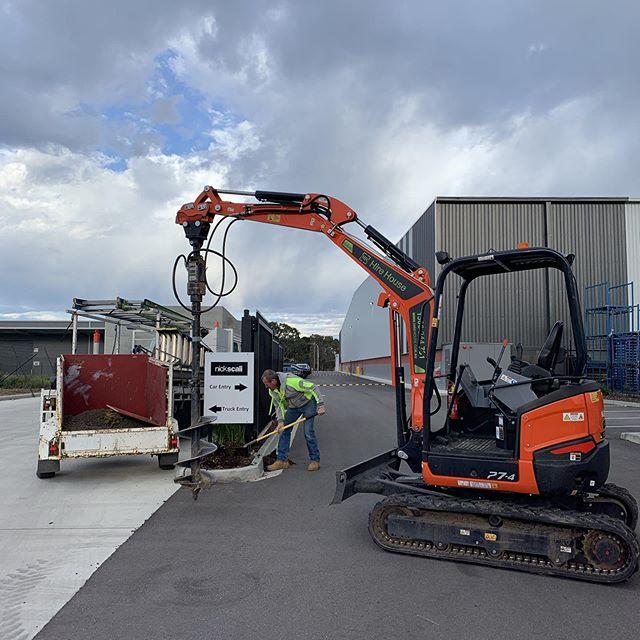 Hire Kubota Excavator 2.7T
