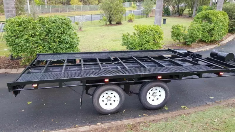 Car trailer hire & towing service
