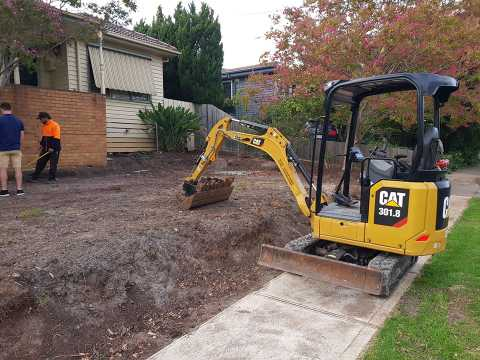 Hire Excavator and truck combo
