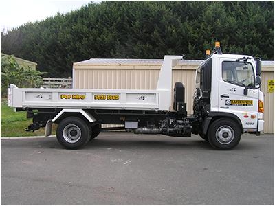 Hire Tipper Truck FC1022