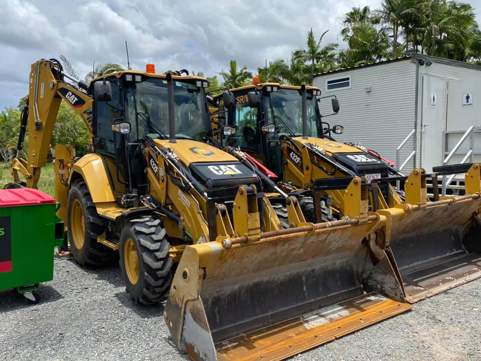 432F2 Caterpillar 10t 4x4 Backhoe for Hire near Mount Gravatt East QLD