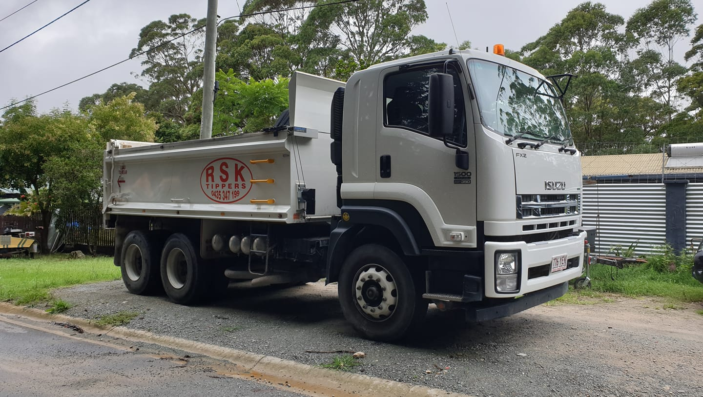 10 m tippers and operator for hire near Gaven
