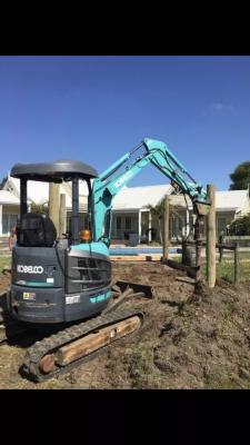 Hire 2.7 Tonne Excavator
