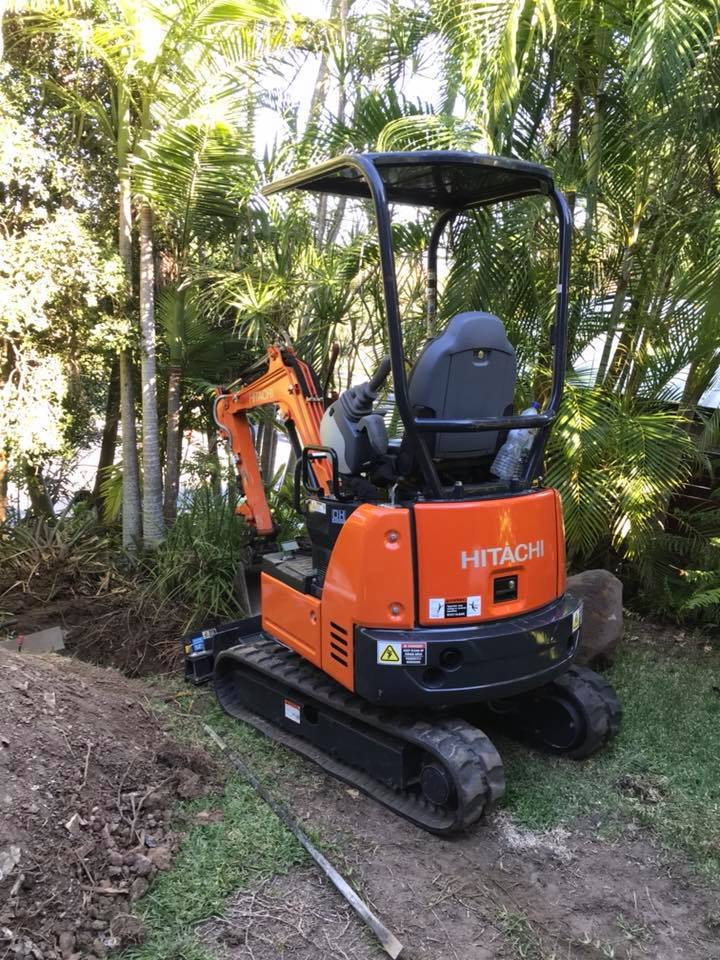 1.7 ton excavator with Operator for wet hire - Helensvale, Paradise Point, South Stradbroke, Coombabah, Hollywell