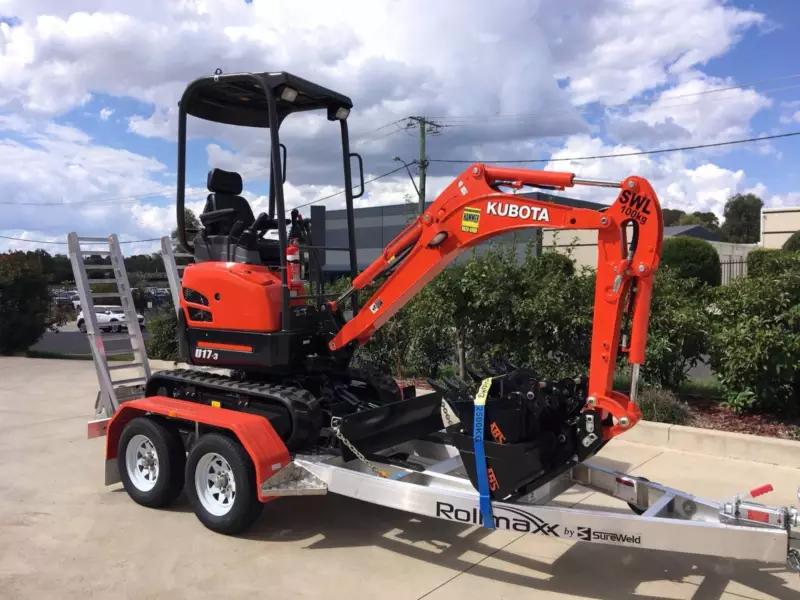 Hire Excavator 1.7 Ton