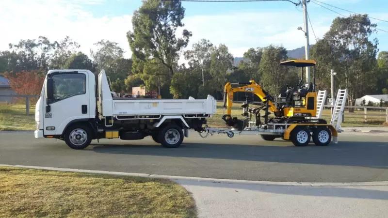 Hire 1.8 tonne mini excavator, mini loader and tipper combo