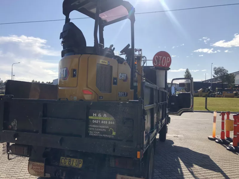 Hire Combo - 1.7T Excavator and 6.5T Truck