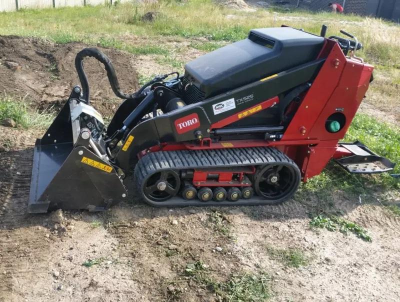 Hire Toro TX525 wide track