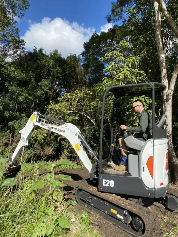 Hire 2 Tonne Excavator