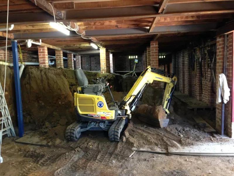 Hire 1.7T Excavator Yanmar