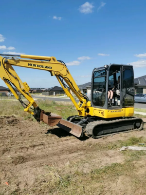 Hire Excavator and Tipper Combo