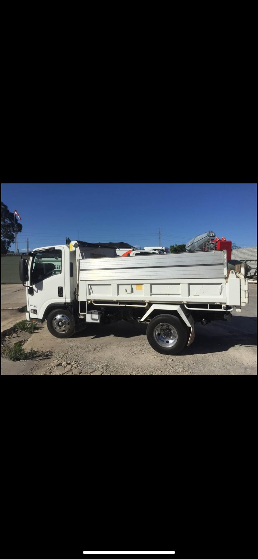 Hire 3t tipper truck