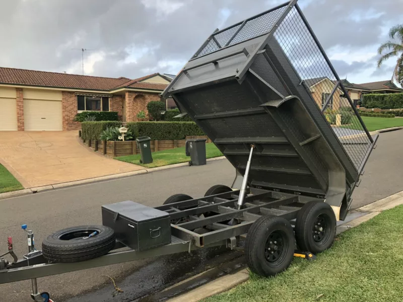 Hire 8x5 dual axel electric tipper trailer