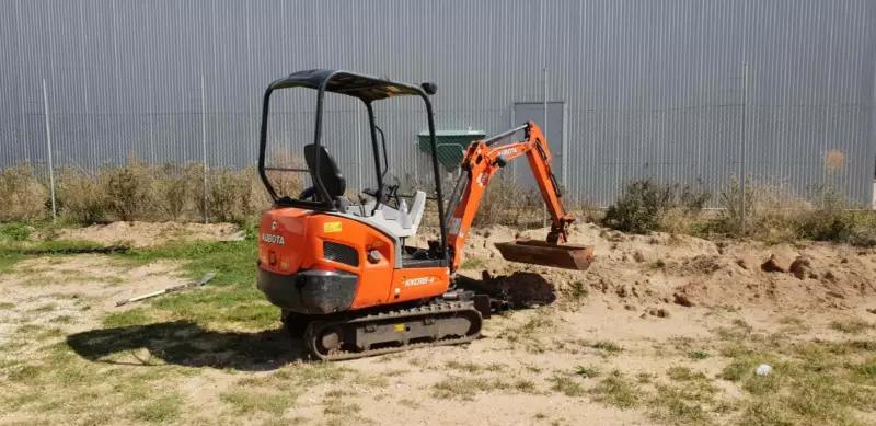 Hire Excavator 1.8 Ton