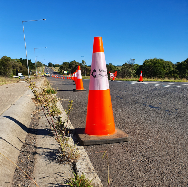 Hire 700mm Traffic Cone/Witches Hat