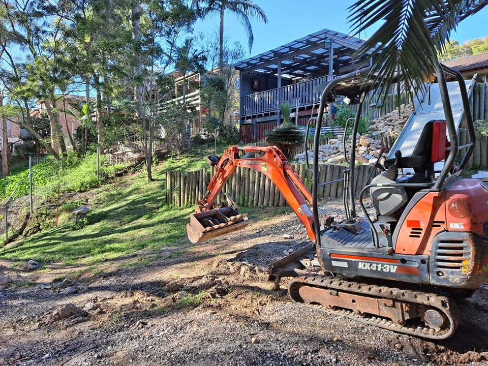Hire 1.8t Kubota mini excavator