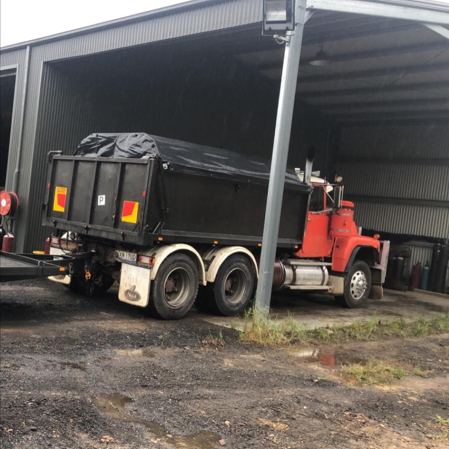 Hire Truck with operator in Windsor, Hawkesbury