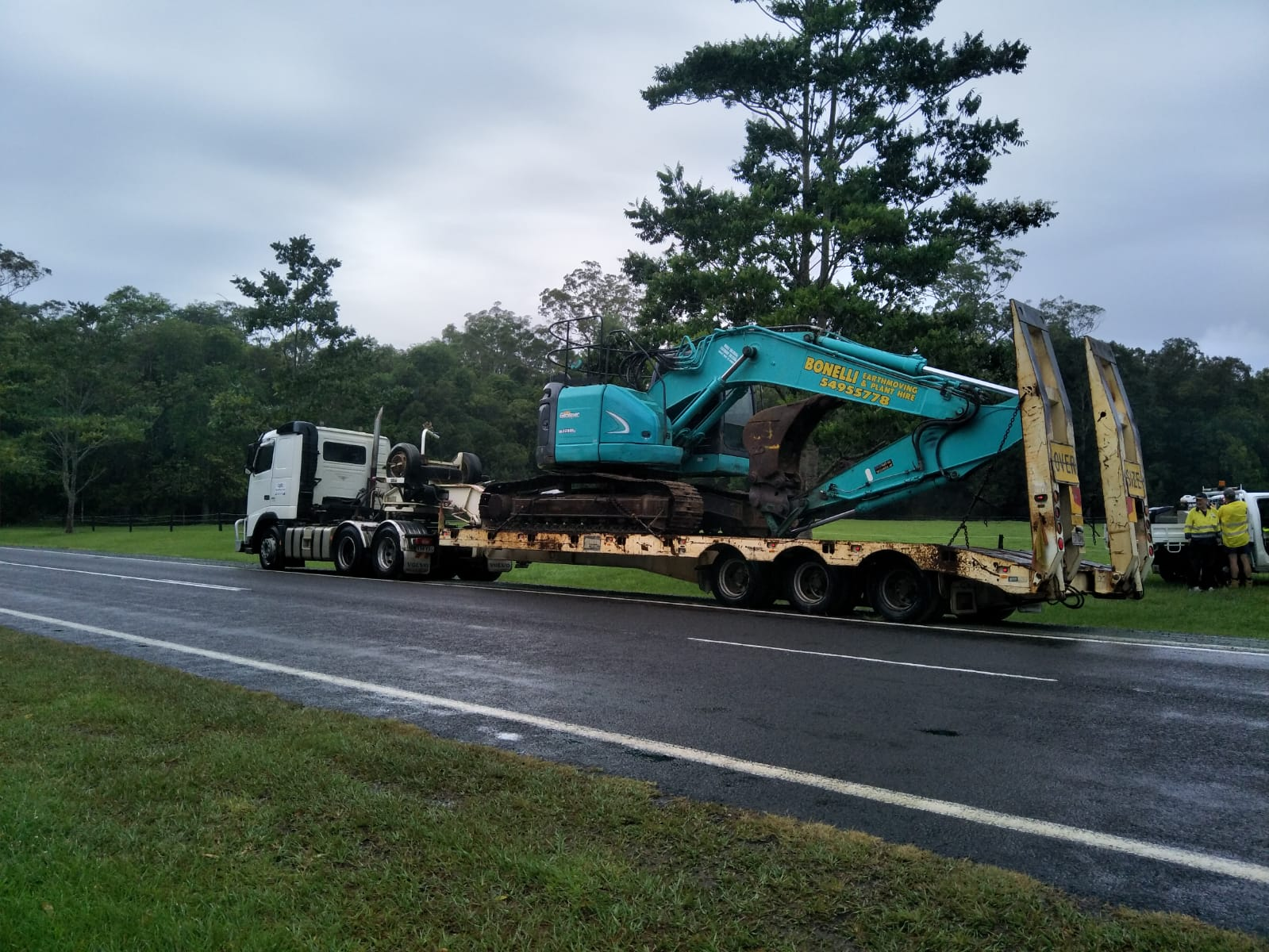Low Loader Hire Tri-axle Float Hire