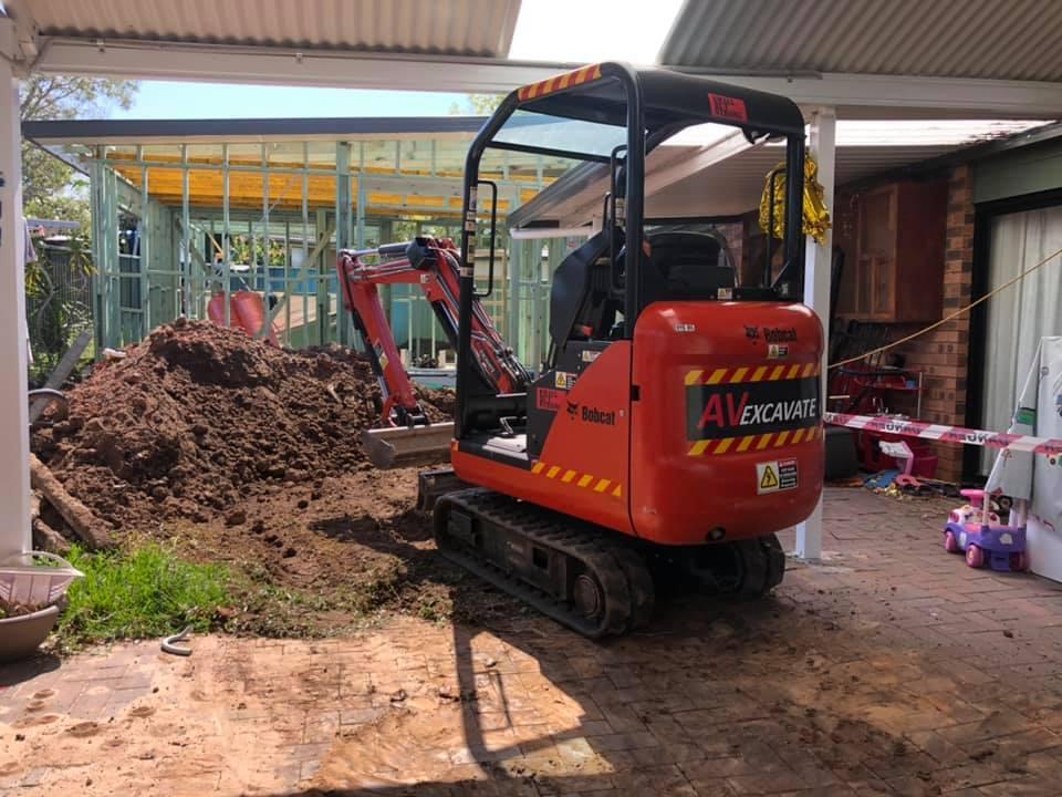 Hire 1.6 Ton Excavator