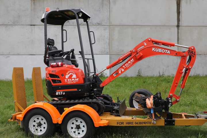 Hire Kubota U17-3, 1.7t Mini Excavators