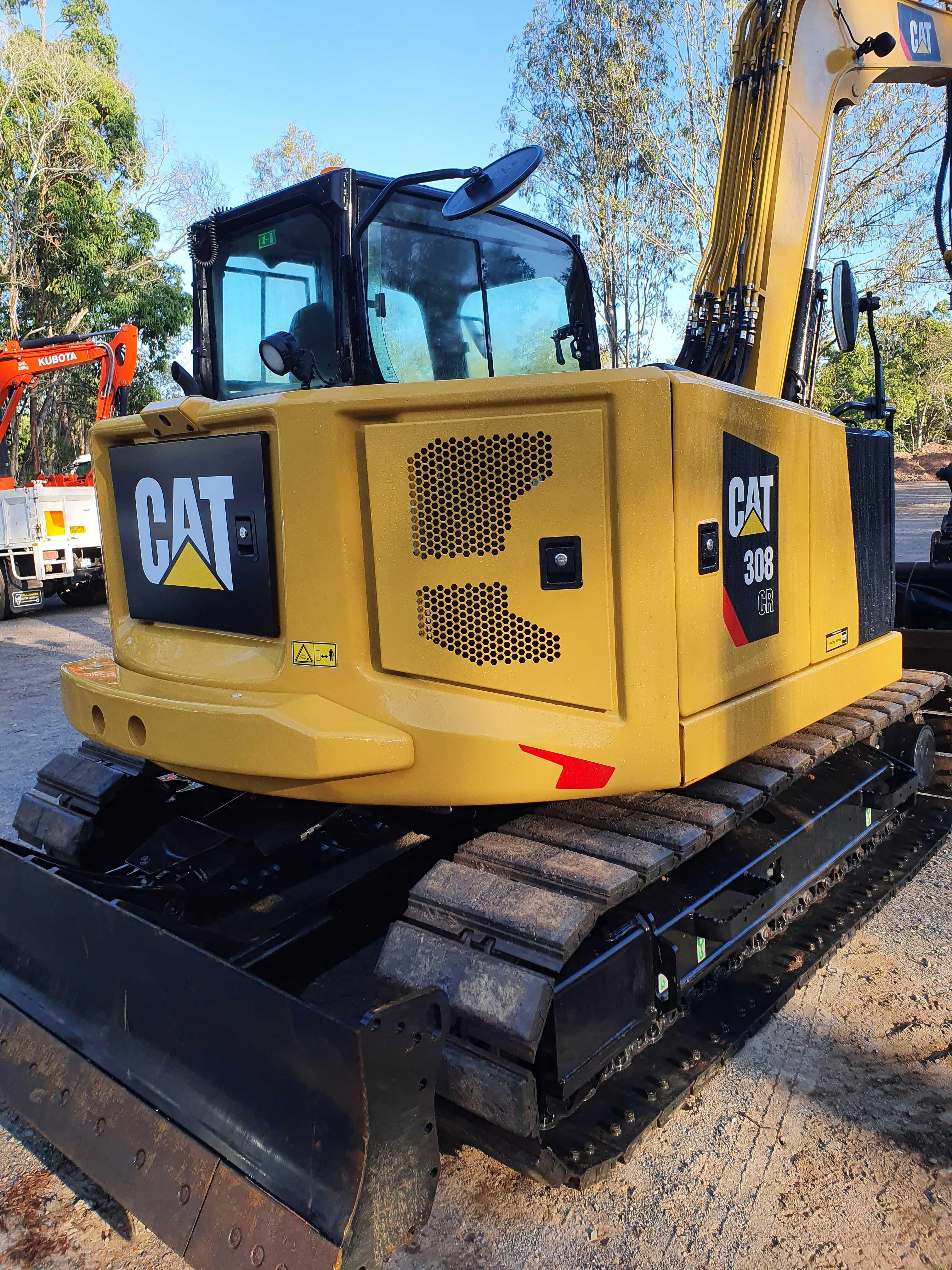 Hire 8-10 Tonne Tracked Excavators