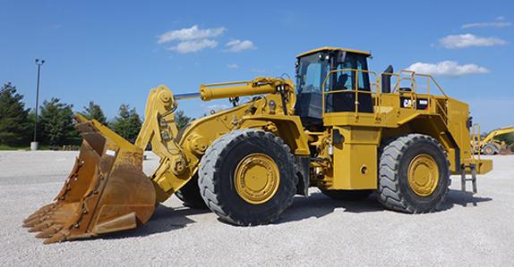 Hire CAT 988H loader, 6.4m3 bucket.