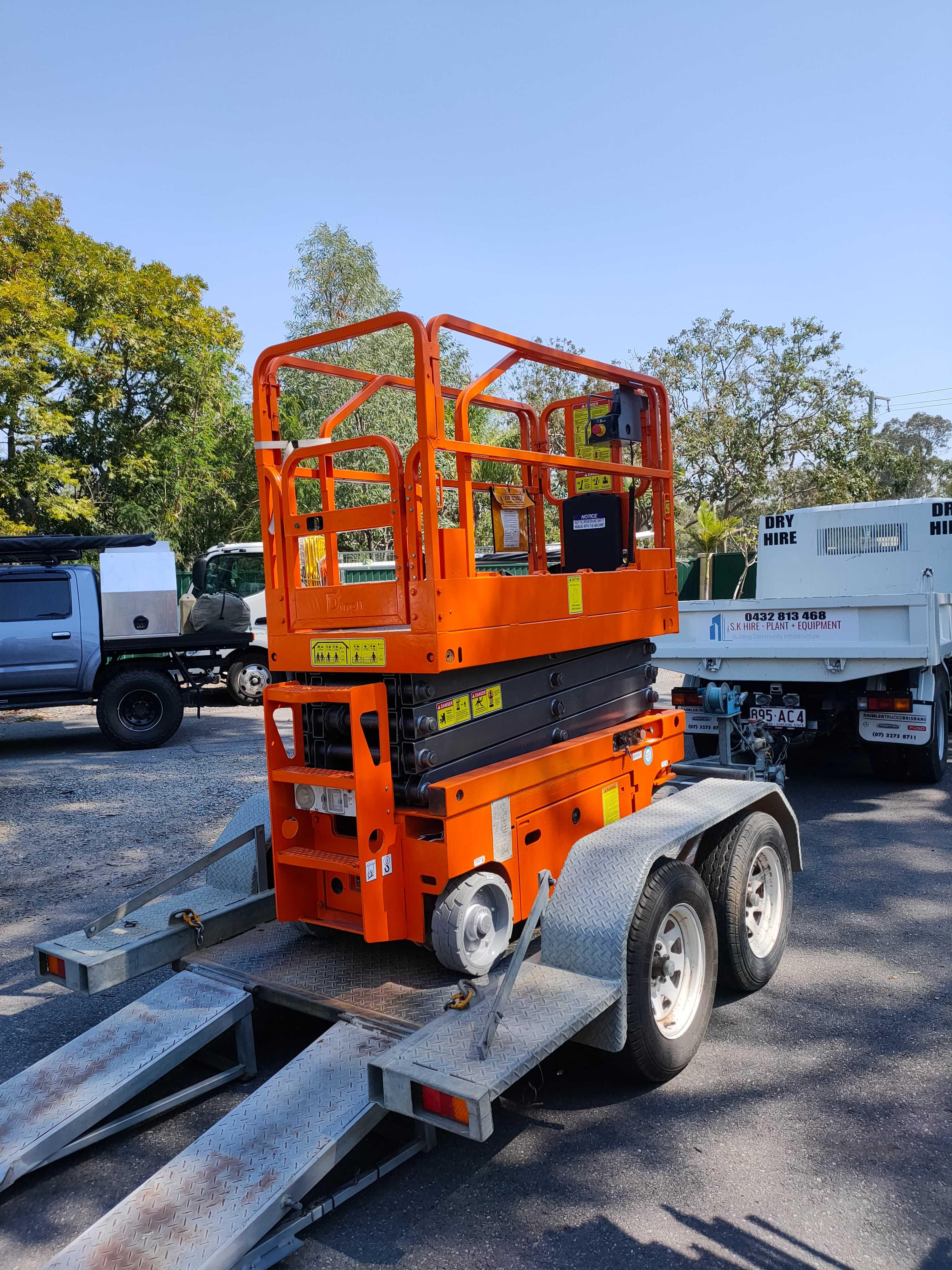 Hire Dingli Scissor lift and trailer 19Ft.