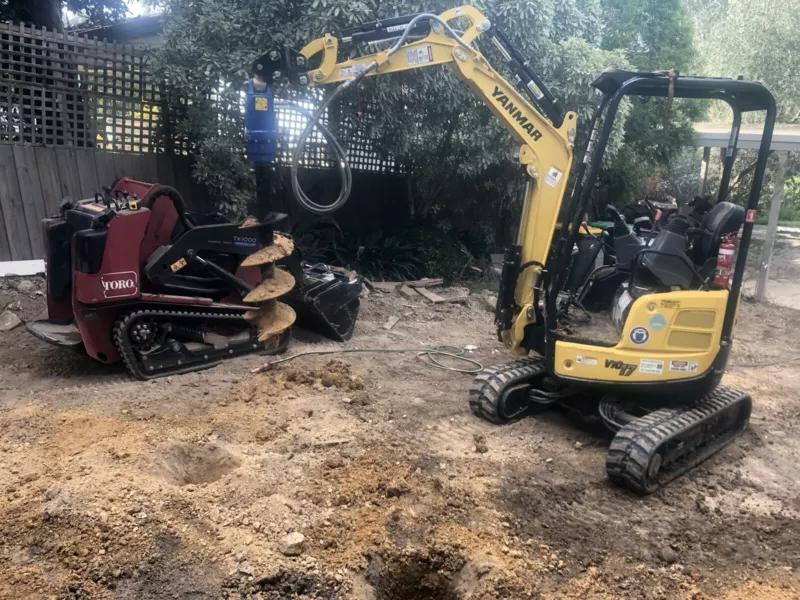 Hire Combo 1.7T Excavator and Mini Loader