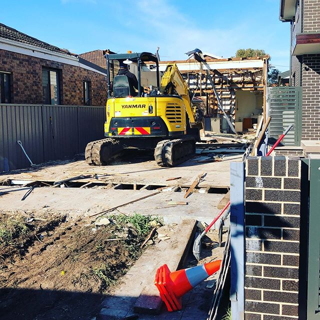 Hire 5T Yanmar Excavator