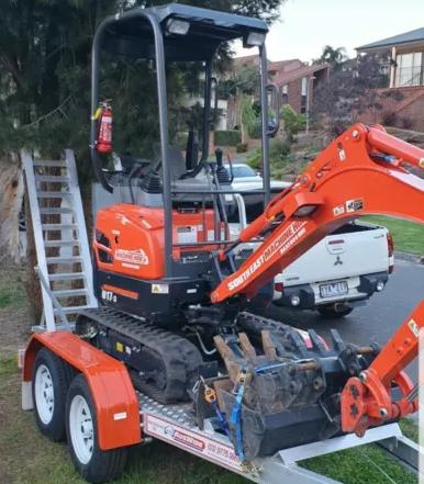 Hire U17-3 Kubota Excavator 1.7T on a Trailer