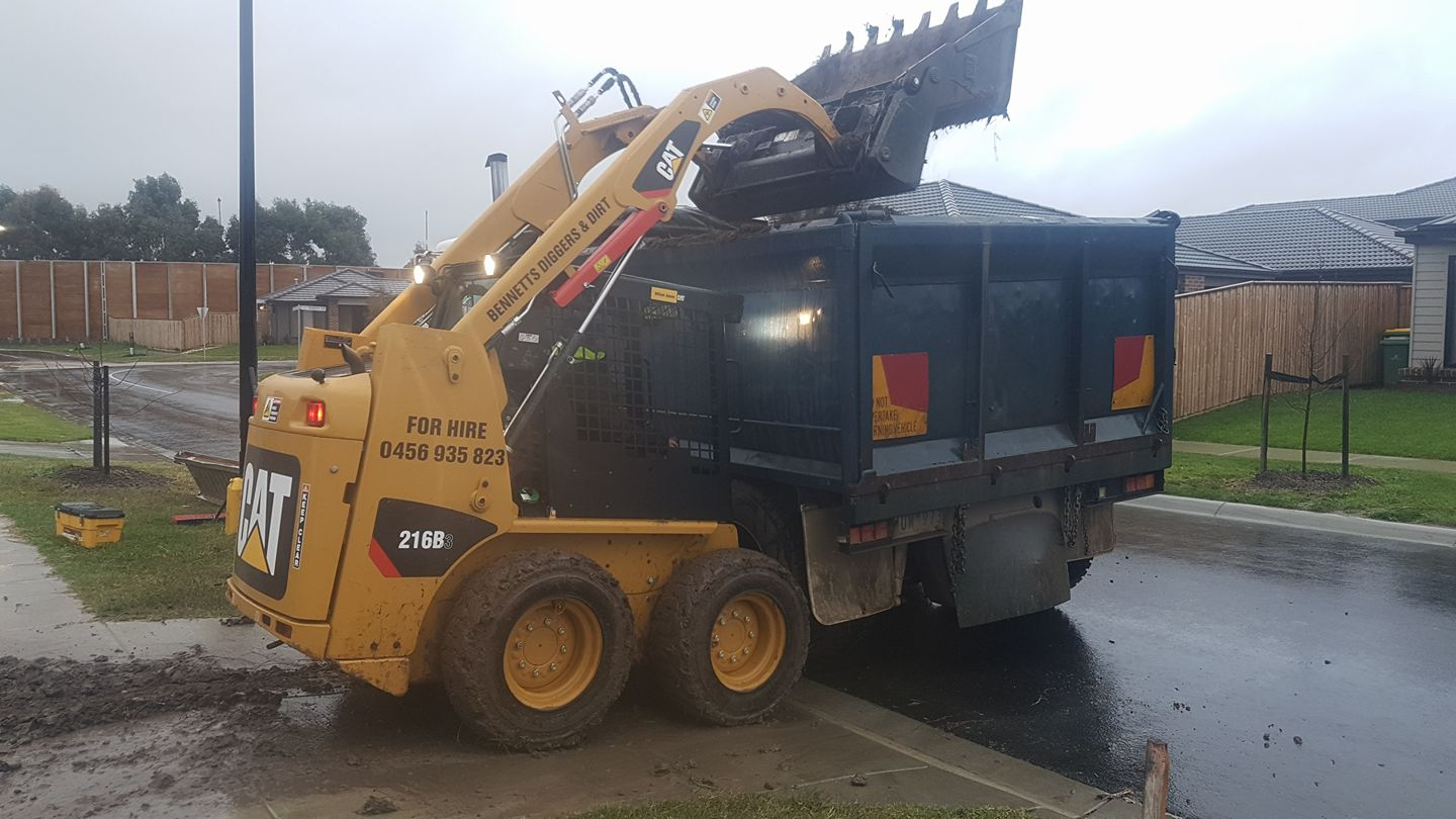 Hire Combo - Skid steer and 10m3 Tipper Truck