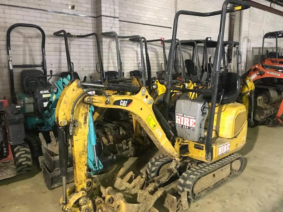 Hire 1 tonne (700mm wide) tight access mini excavator + 3 buckets & trailer