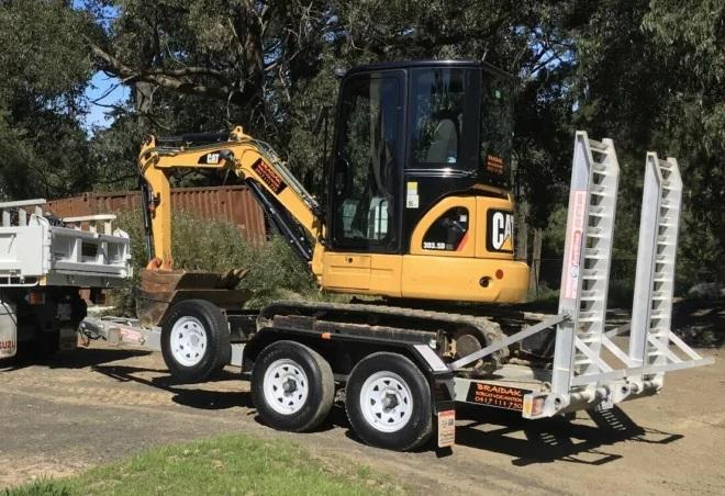 Hire Excavator 3.5 ton