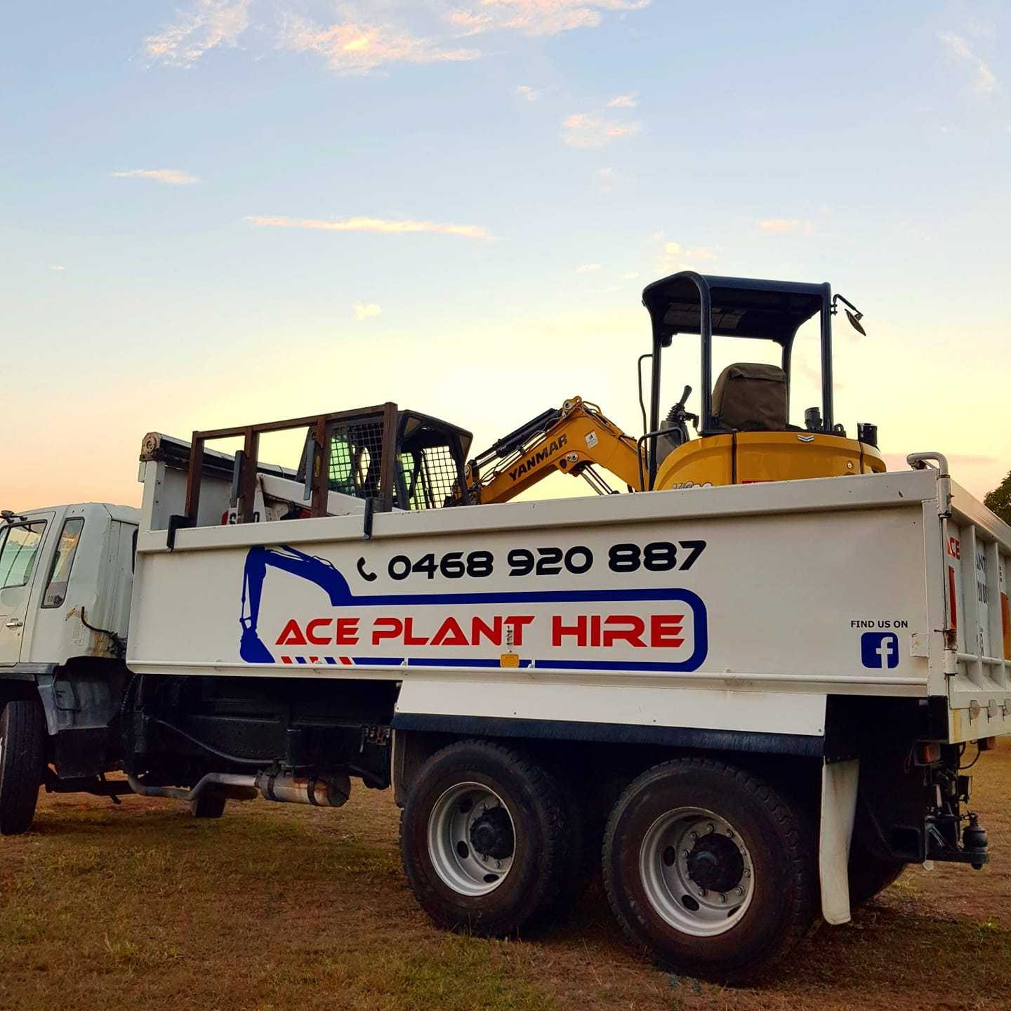Mini excavator, Bobcat and tipper Combo with Operator for (wet) hire near Capalaba 4157 QLD