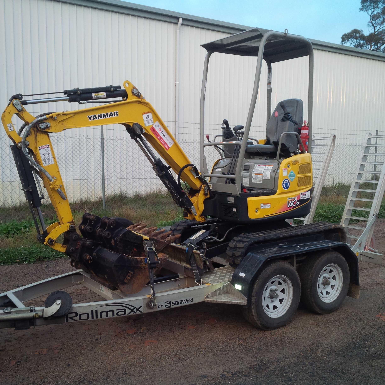 1.7T Mini Excavator For Hire