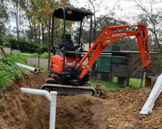 Hire 1.8T Excavators