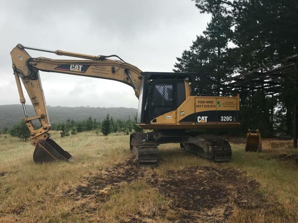 Hire Caterpillar 320cl 20t Excavator