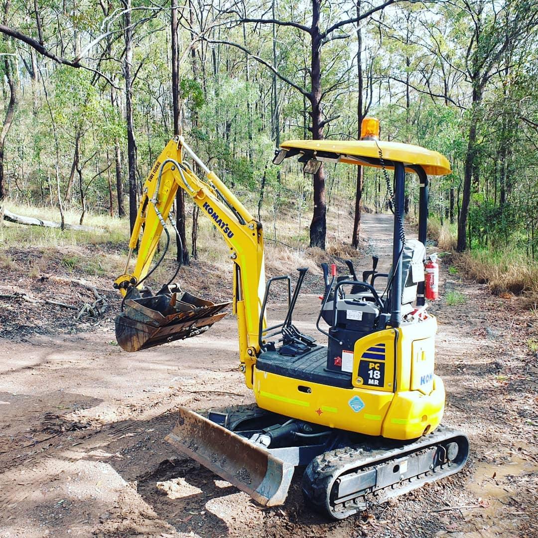 Komatsu 1.8t Mini Excavator Dry Hire near Warner. Tipper also available