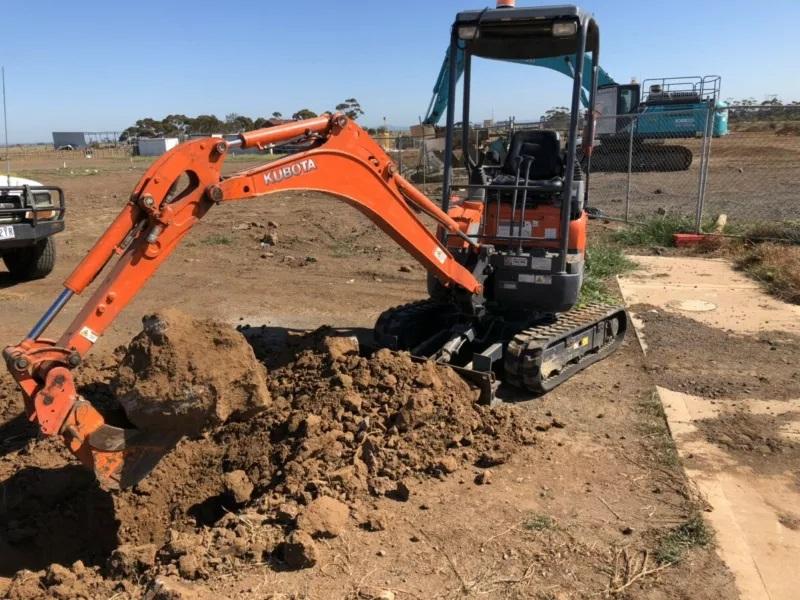 Hire 1.7 ton Kubota excavator