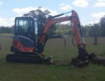 Hire 3t Excavator + Tip Truck