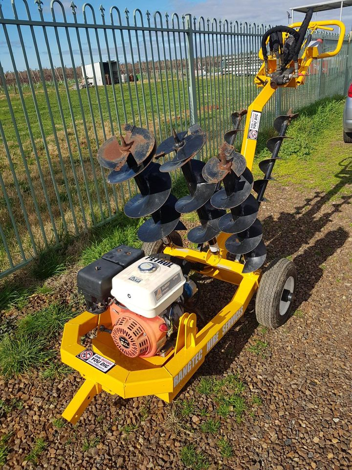 Hire Hydraulic Post Hole Digger