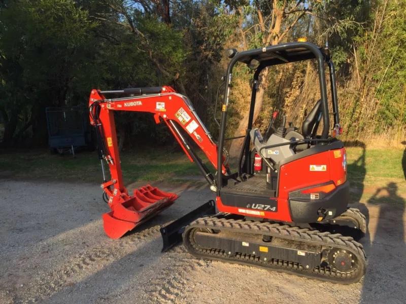 Hire Mini Excavator 2.7 ton Kubota