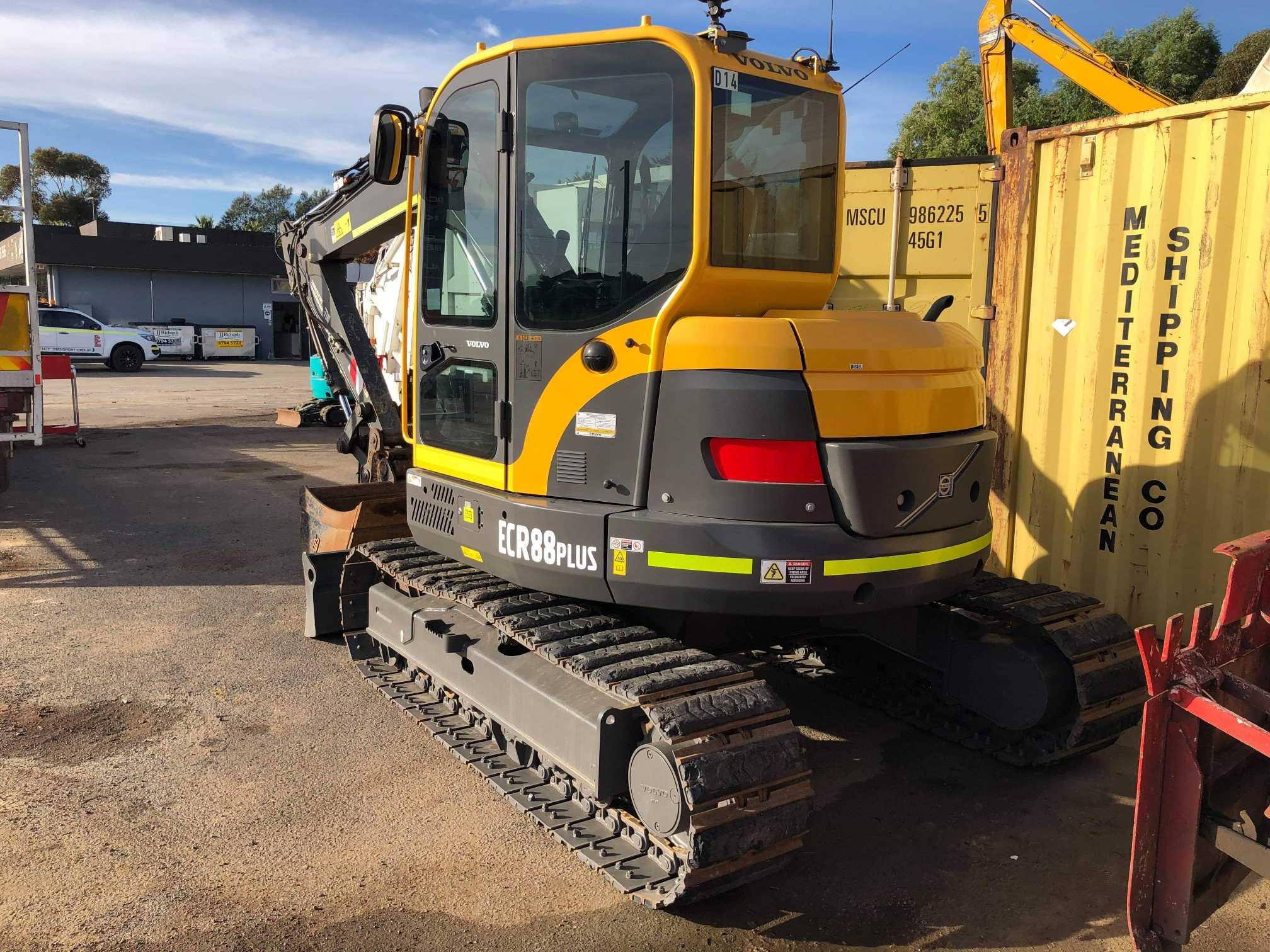 Hire 8 Ton Excavator with Operator