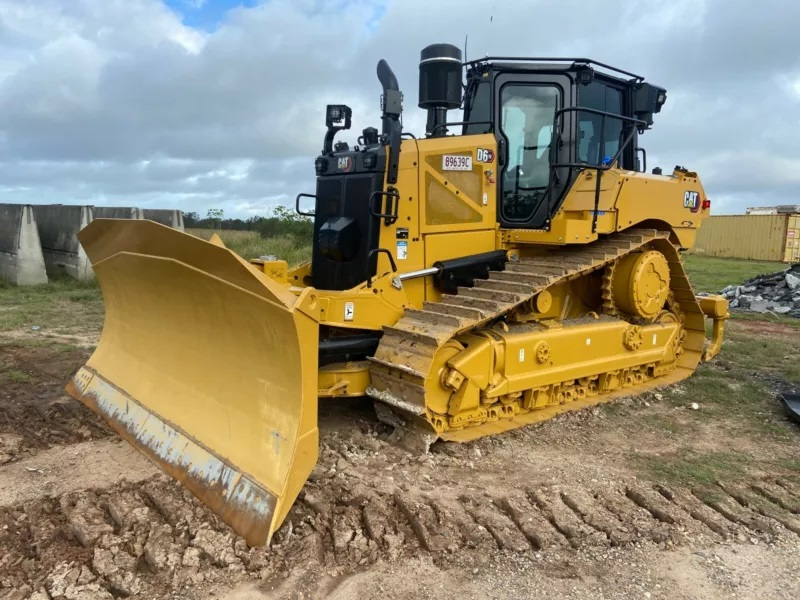 CAT D6 Dozer for wet hire (with operator )- South East Queensland and Northern NSW, including Gold Coast and Brisbane.
