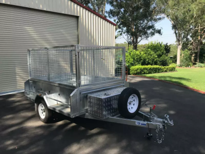 Hire Large 8x5 Foot Box Trailer With Cage